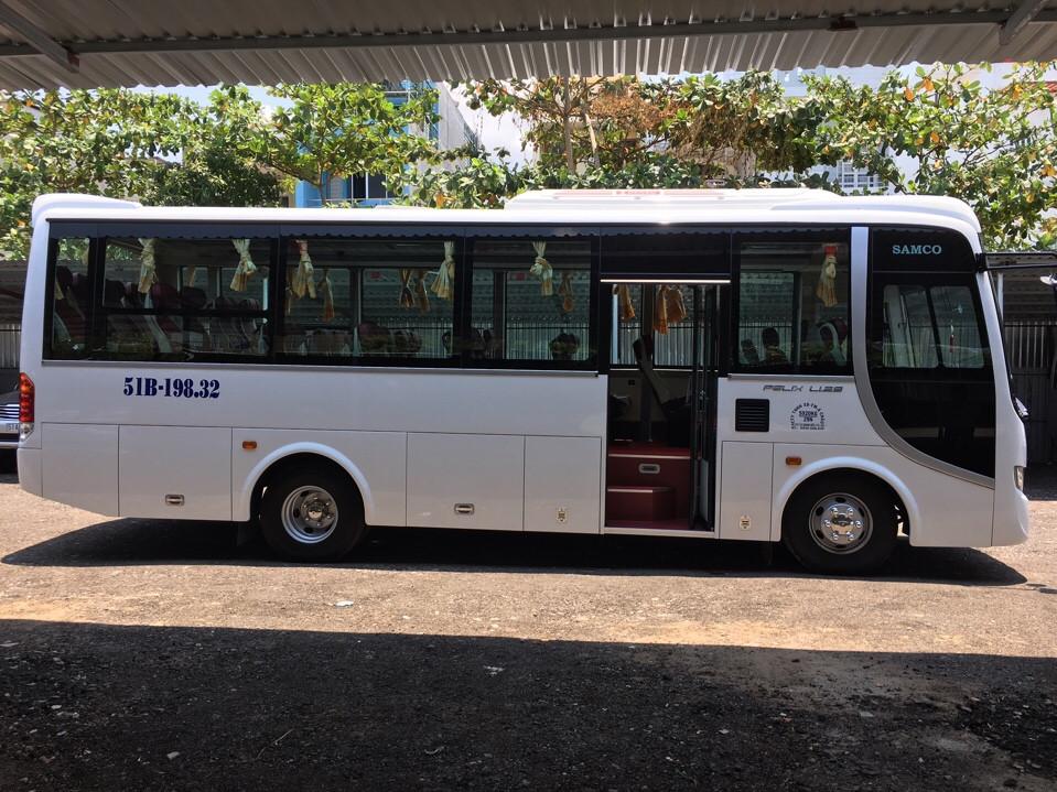 Thuê xe du lịch 29 chỗ giá rẻ tại TPHCM
