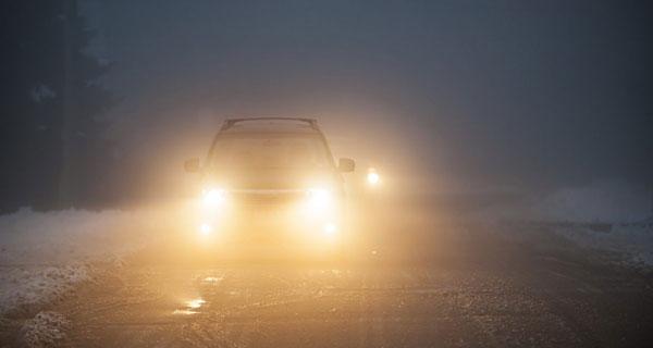 kinh nghiệm lái xe trong sương mù